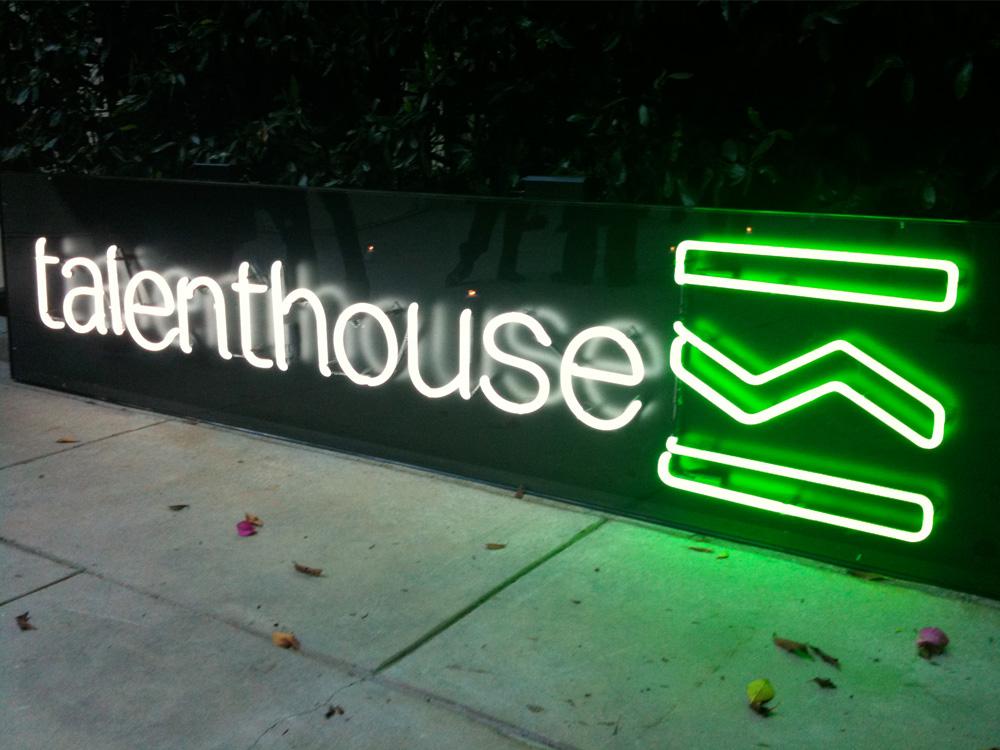 talenthouse_portfolio_neon